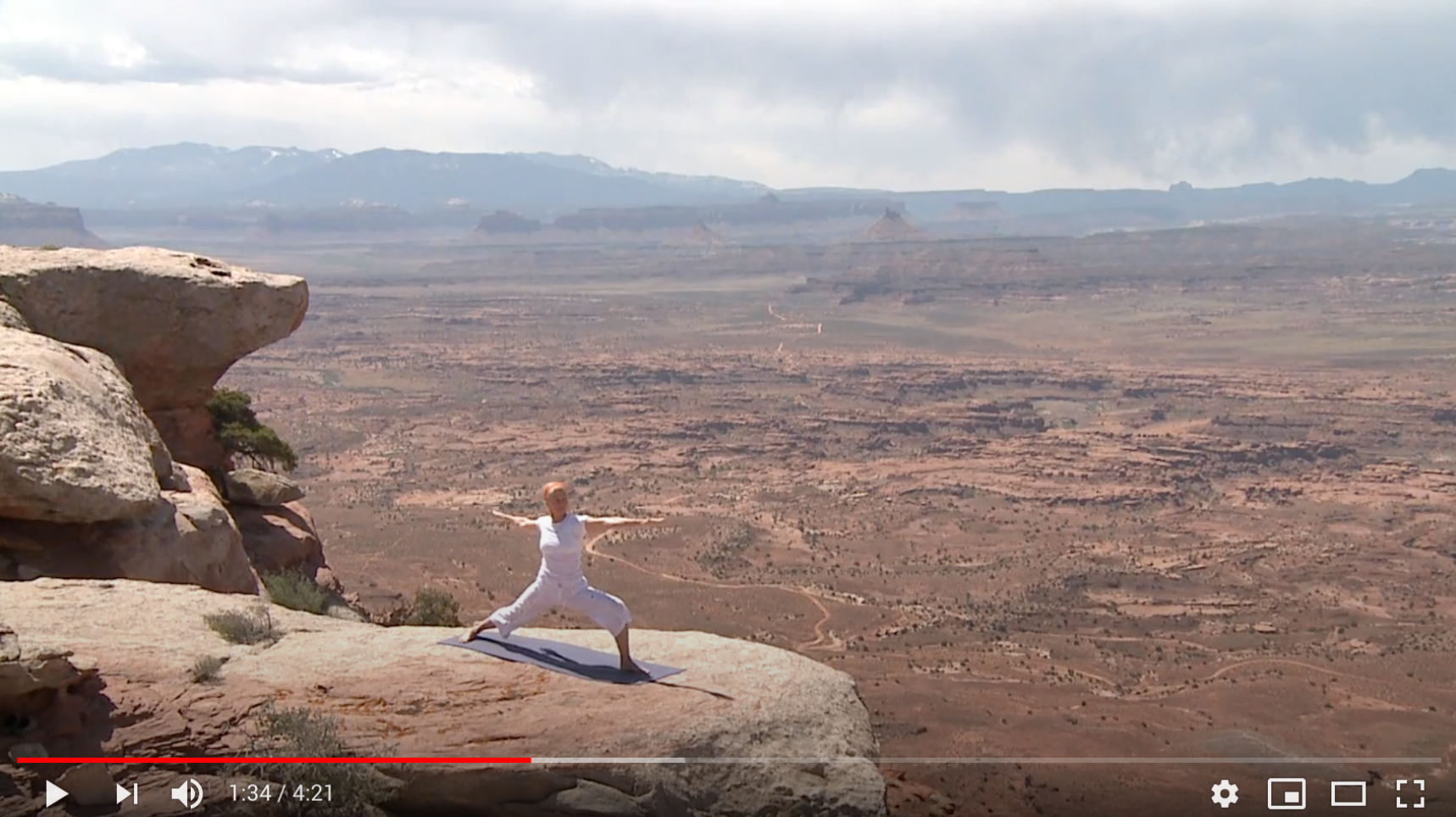 Yoga flow by Maggie: On a cliff in Southern Utah